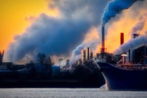 The pollution of factories: who's responsible?