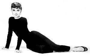 Audrey Hepburn was such a beautiful woman (not so).