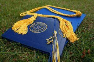 a hat for a university graduation ceremony